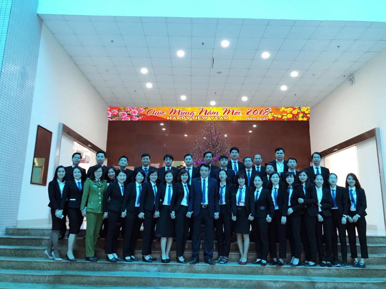 Lãnh đạo Trung tâm HCC gặp mặt đầu xuân CBCCVC